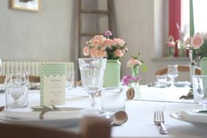 allestire-dettaglio-tavolo-menu